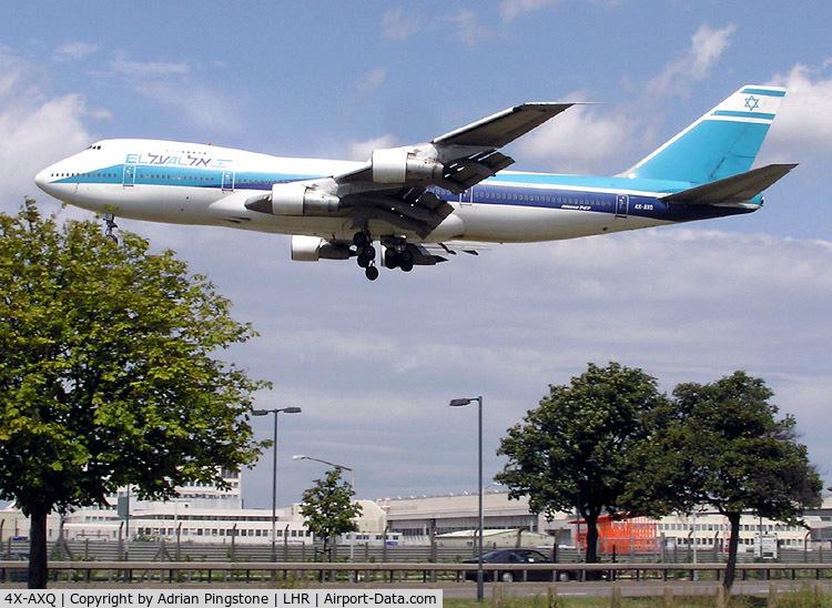 4X-AXQ, 1974 Boeing 747-238B C/N 20841, El Al Israel Airlines Boeing 747-200 (4X-AXQ) very close to landing at London (Heathrow) Airport in July 2004