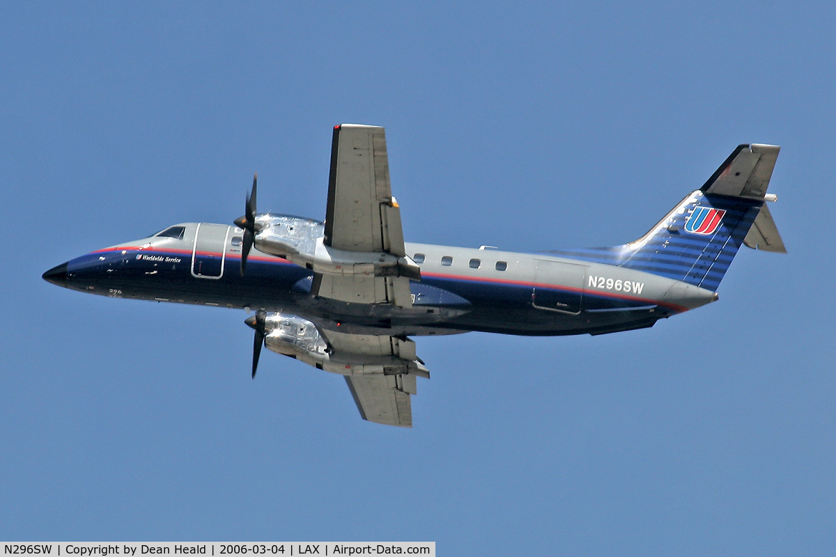 N296SW, 1996 Embraer EMB-120ER C/N 120.325, United Express N296SW departing LAX RWY 25R as Skywest SKW6096 enroute to San Diego International Airport (KSAN).