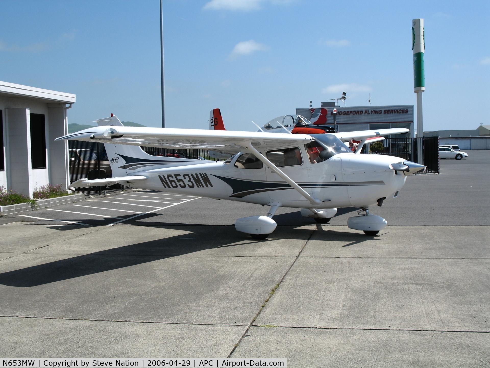 N653MW, 2004 Cessna 172S Skyhawk C/N 172S9653, Bridgeford Flying Service 2004 Cessna 172S @ Napa County Airport, CA