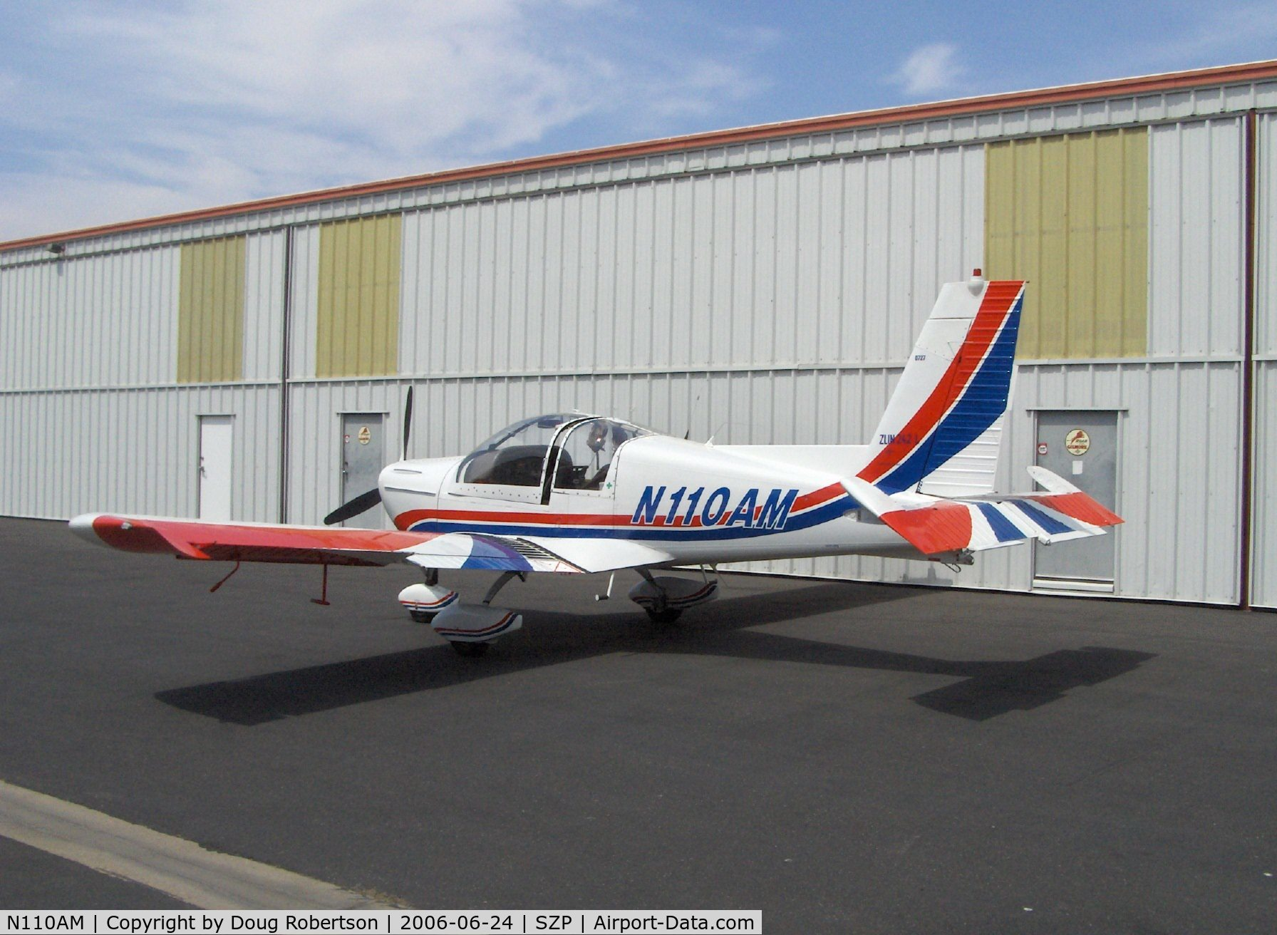 N110AM, 1996 Zlin Z-242L C/N 0727, 1996 Moravan Zlin Z242L, Lycoming AEIO-360-B 200 Hp, postflight