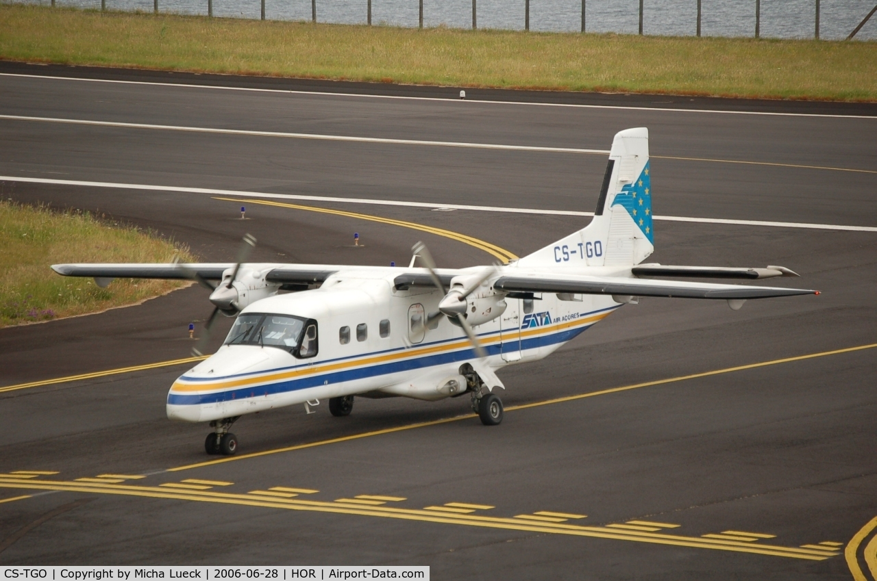 CS-TGO, 1987 Dornier 228-201 C/N 8119, Just arrived in Horta