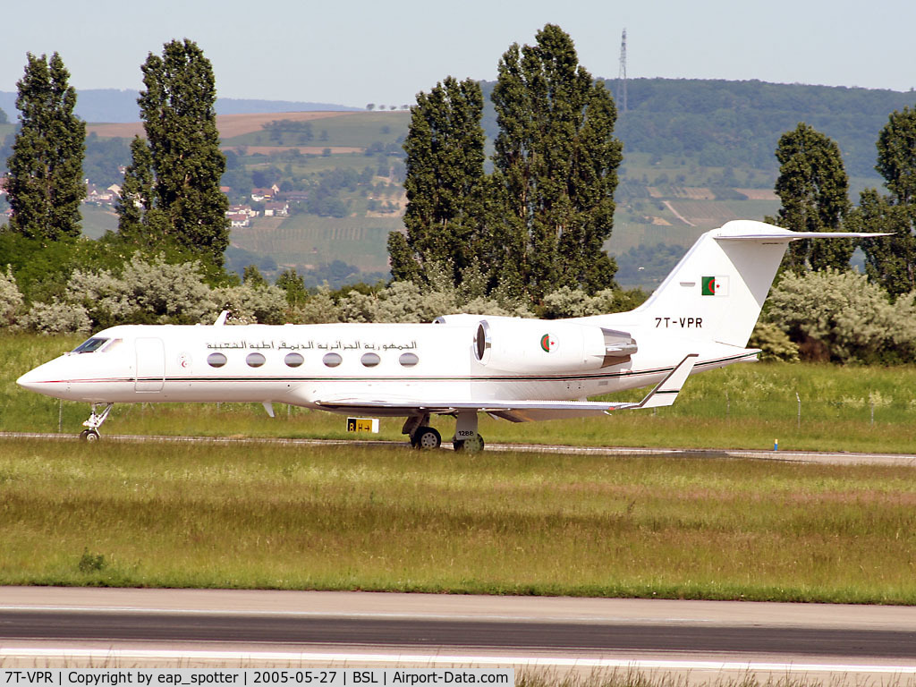 7T-VPR, 1996 Gulfstream Aerospace G-1159C Gulfstream IV SP C/N 1288, taxi to holding-point 16