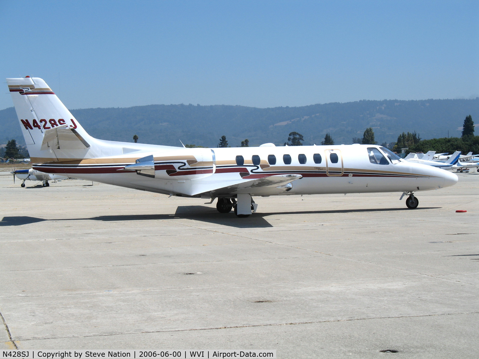 N428SJ, 2001 Cessna 560 C/N 560-0584, Airlie Air 2001 Cessna 560 @ Watsonville Municipal Airport, CA