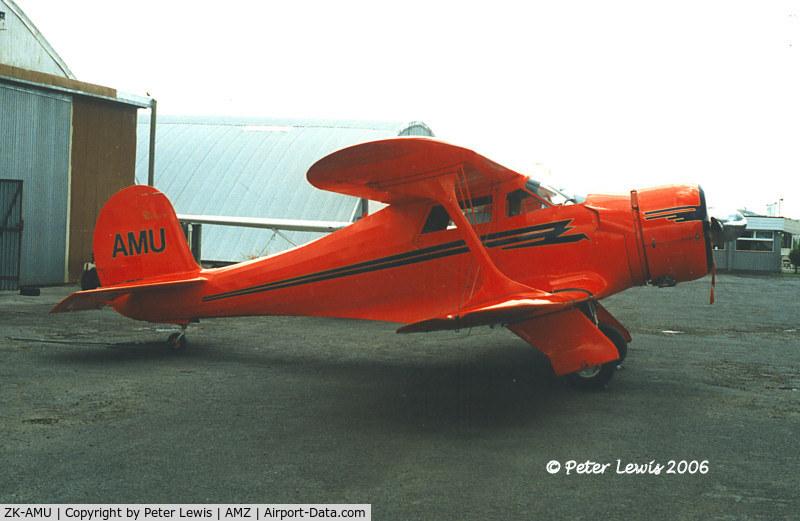 ZK-AMU, 1938 Beech D17S Staggerwing C/N 203, Beech D.17S