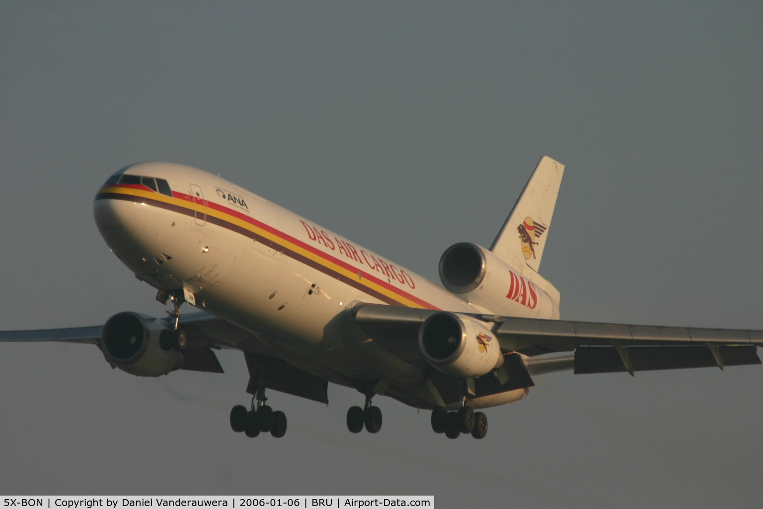 5X-BON, 1975 McDonnell Douglas DC-10-30 C/N 46921, arrival on rwy 25L