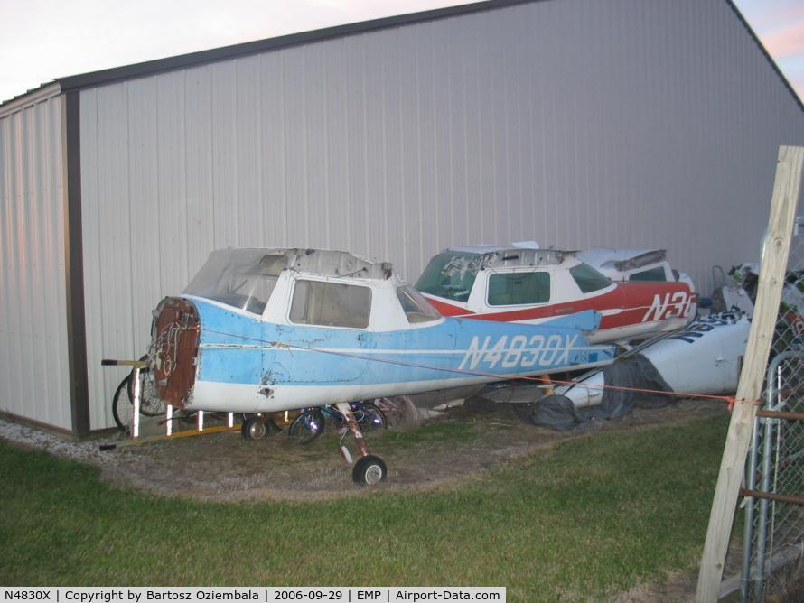 N4830X, 1966 Cessna 150G C/N 15064880, I found that little beauty behind a hangar in Emporia. It always hurts when planes are not in use anymore,...