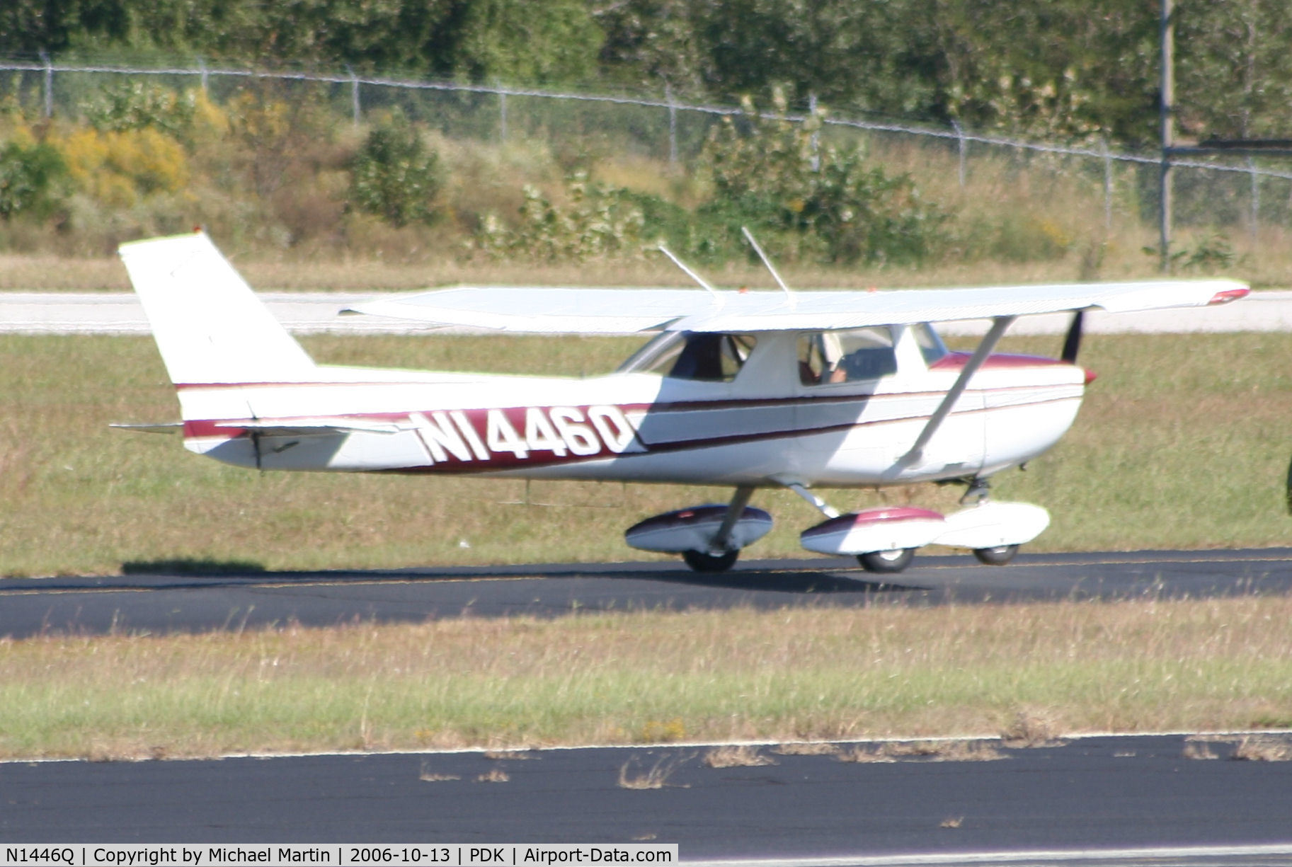 N1446Q, 1971 Cessna 150L C/N 15072746, Taxing to Runway 34