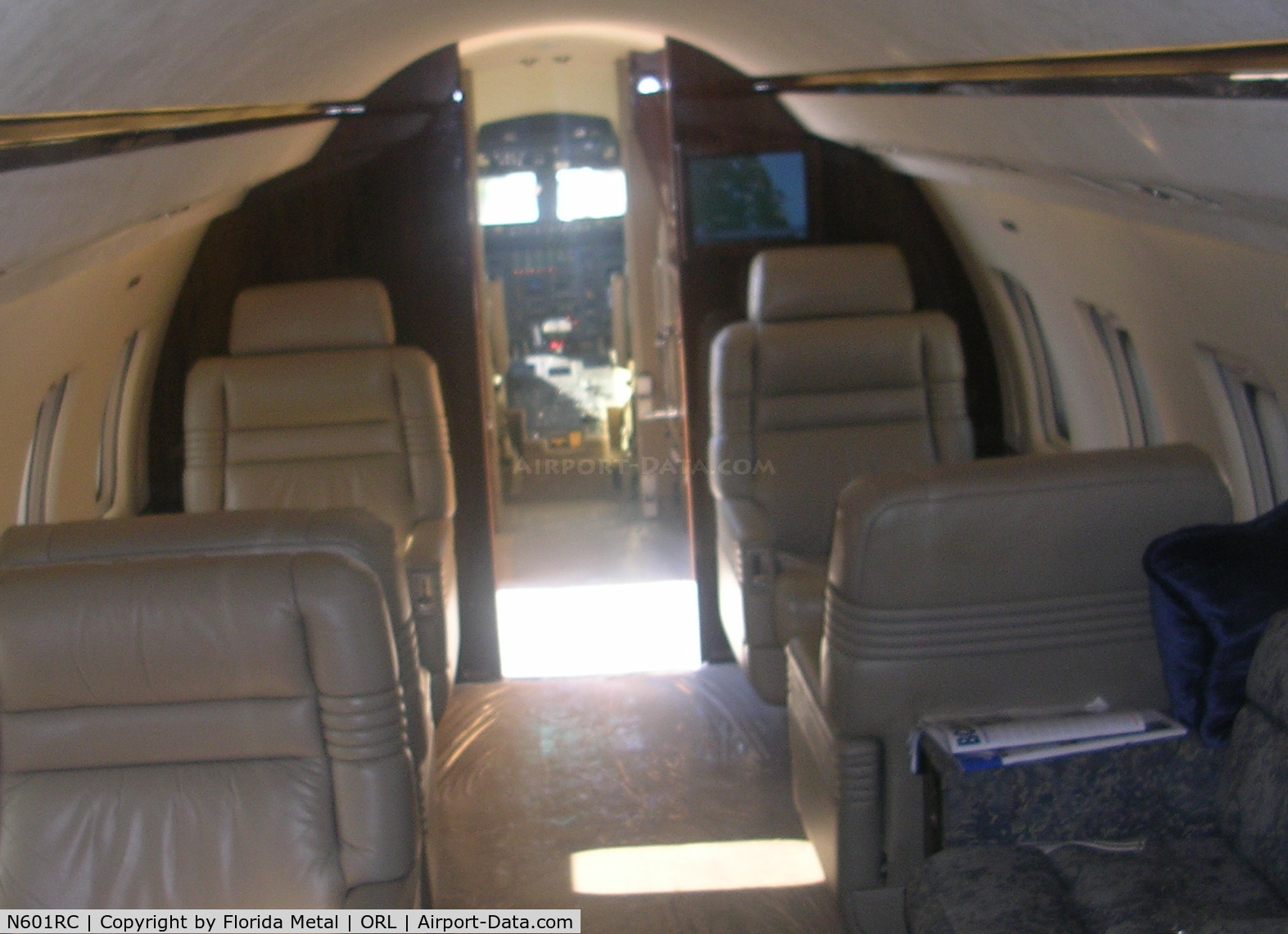 N601RC, 1986 Canadair Challenger 601 (CL-600-2A12) C/N 3055, Challenger