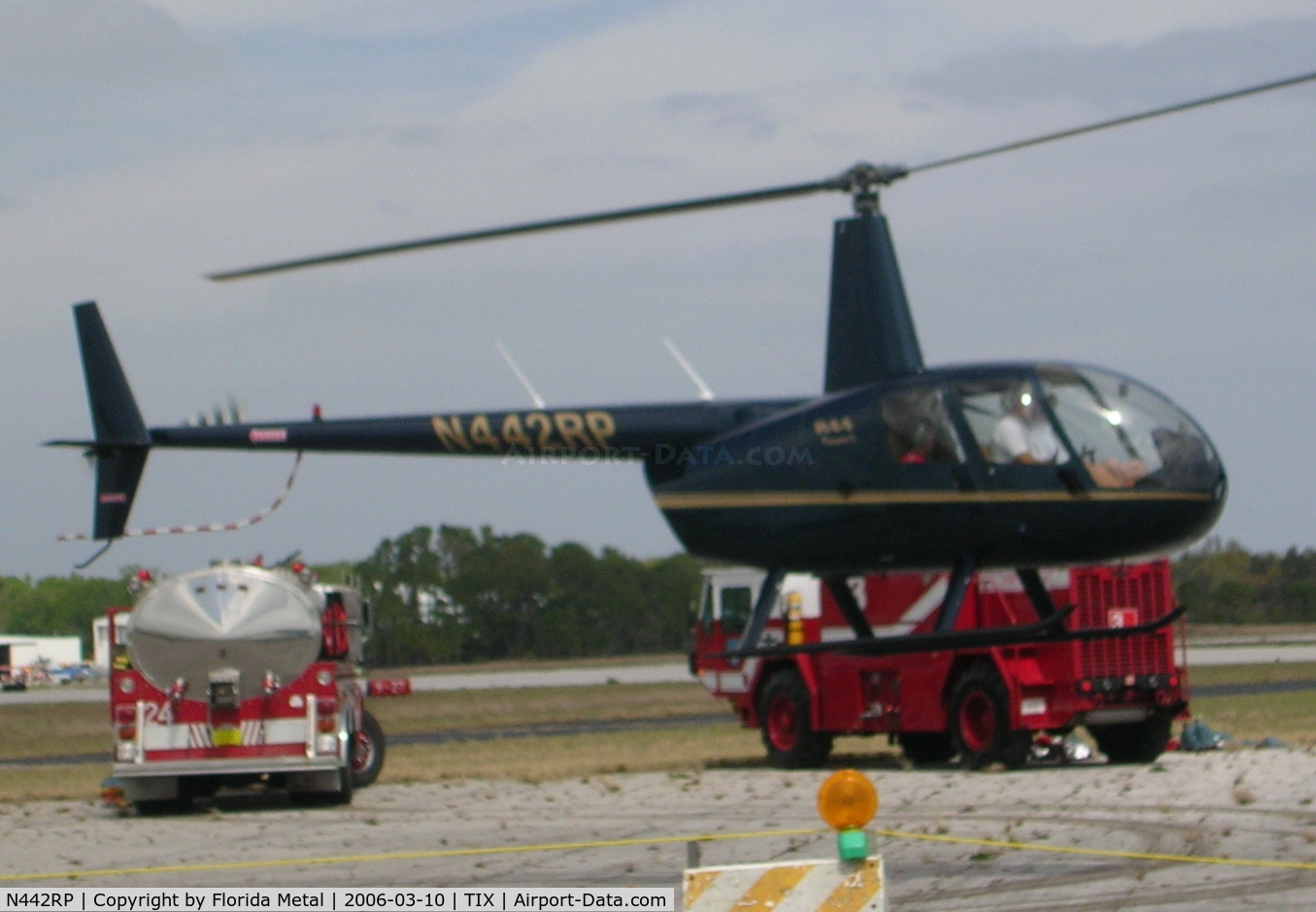 Aircraft N442RP 2002 Robinson R44 CN 1277 Photo By Florida Metal Photo ID