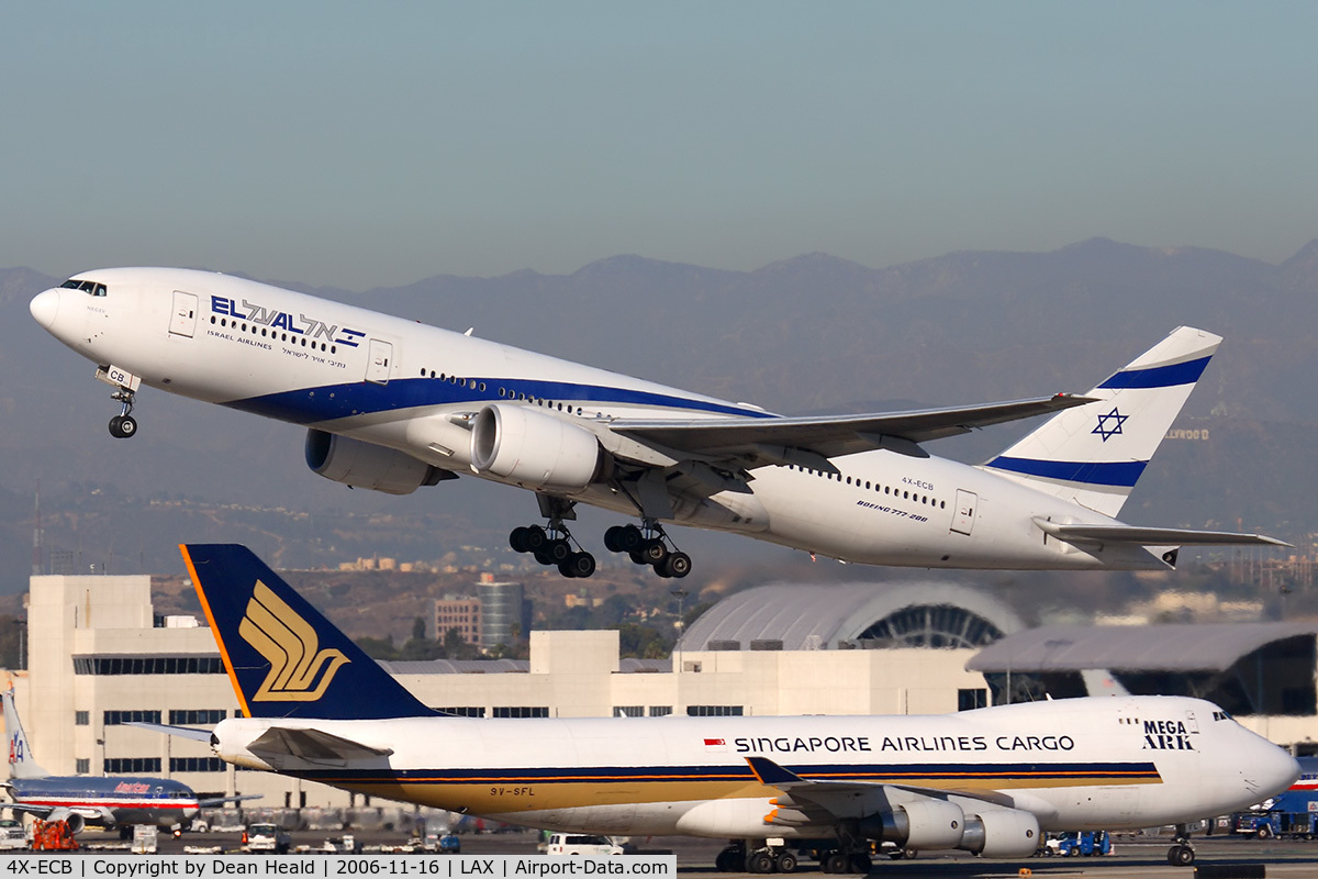 Aircraft XECB Boeing ER CN Photo By Dean - Flights to israel from lax