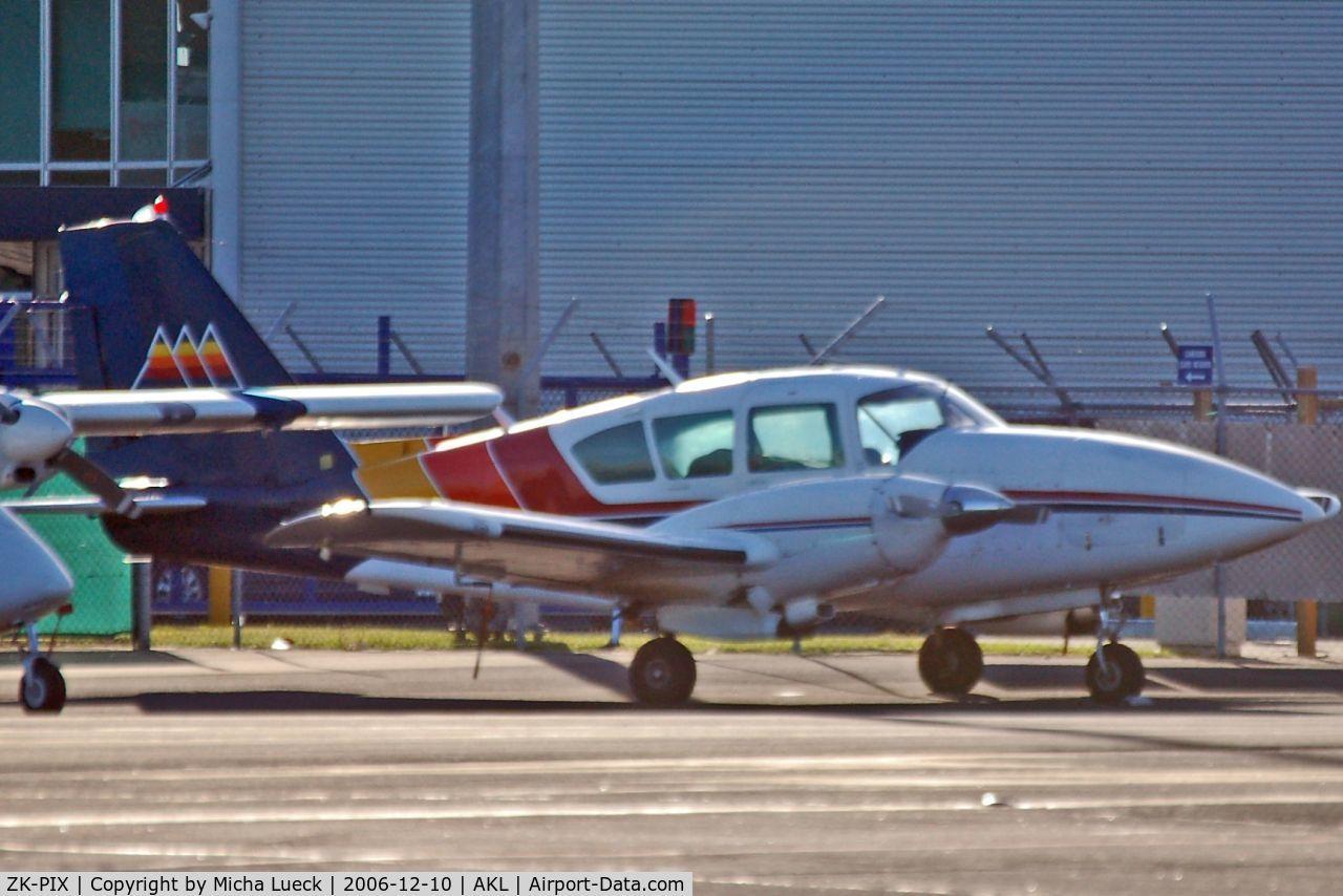 ZK-PIX, Piper PA-23-250 Aztec C/N 27-4738, Mountain Air
