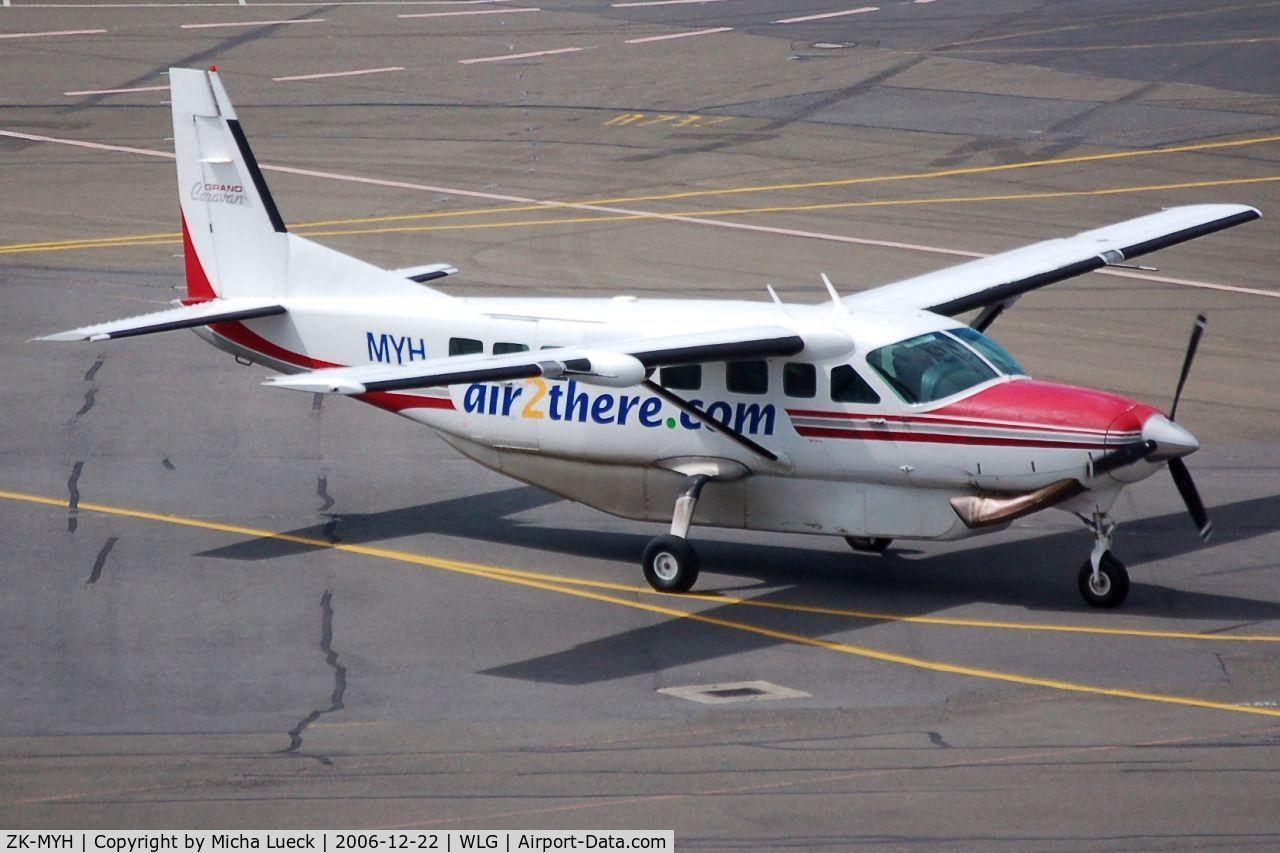 ZK-MYH, 1997 Cessna 208B Grand Caravan C/N 208B0604, Taxiing to the gate