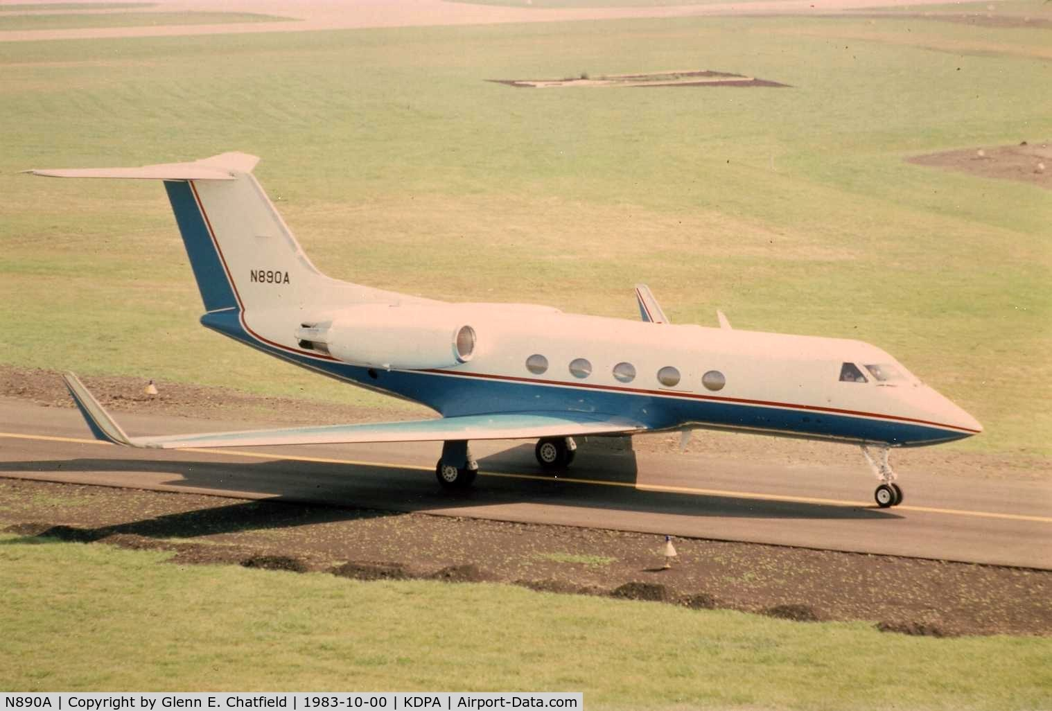 N890A, 1968 Gulfstream Aerospace G1159B C/N 16, Photo taken for aircraft recognition training