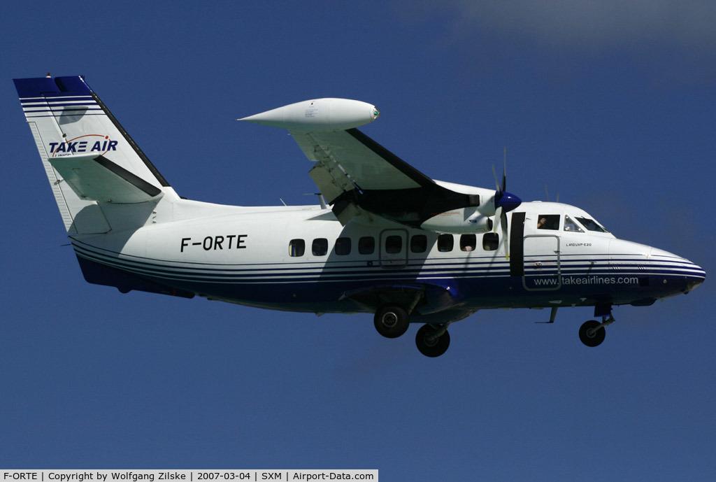 F-ORTE, 1990 LET L-410UVP-E20 C/N 902413, visitor