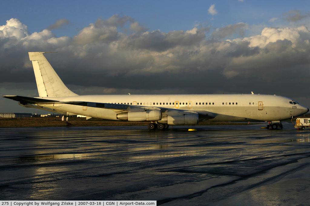 275, 1977 Boeing KC-707 Re'em C/N 21334, visitor