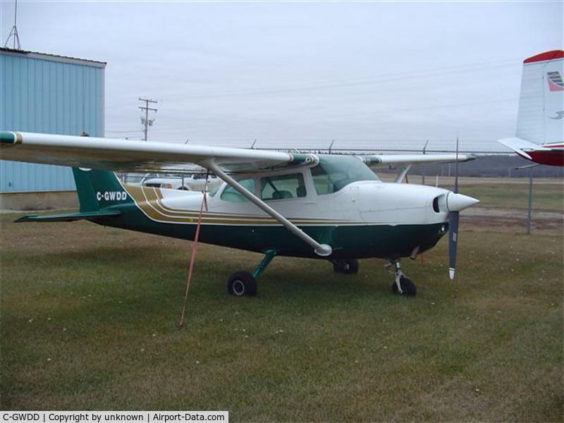 C-GWDD, 1974 Cessna 172M Skyhawk C/N 17262806, Cessna 172M