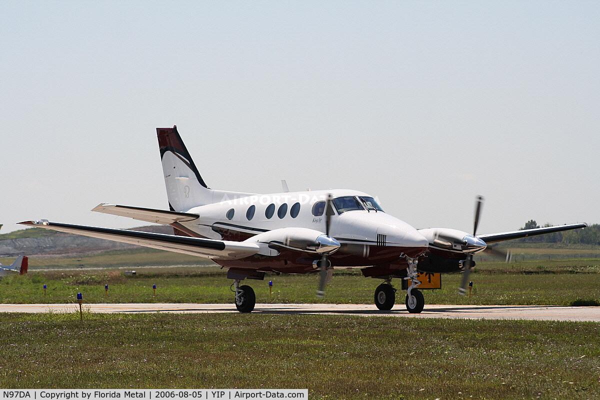 N97DA, Raytheon Aircraft Company C90A C/N LJ1755, C-90