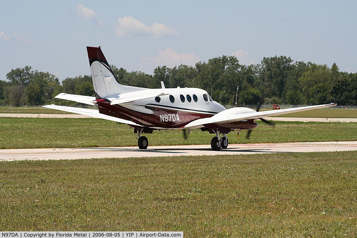 N97DA, Raytheon Aircraft Company C90A C/N LJ1755, C90