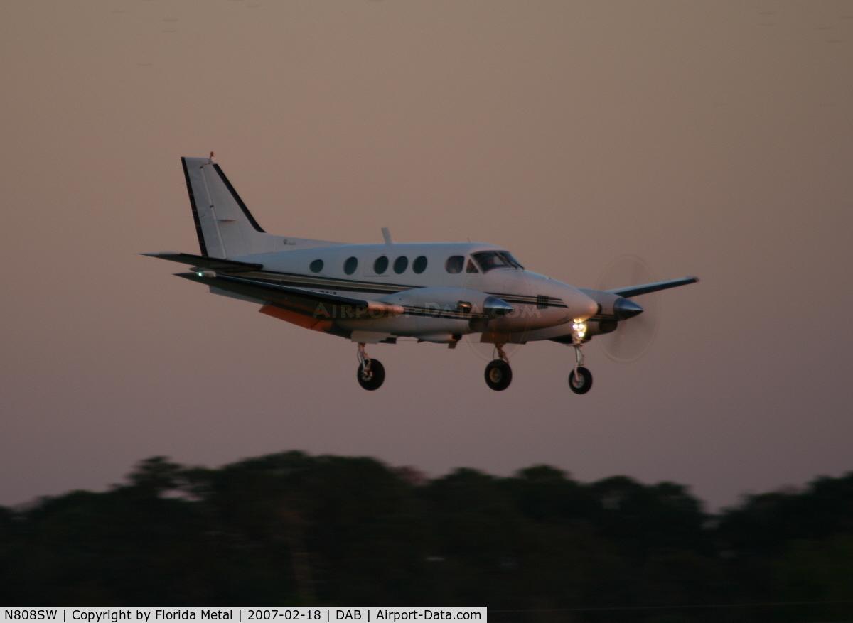 N808SW, 1978 Beech C90 King Air C/N LJ-801, C90