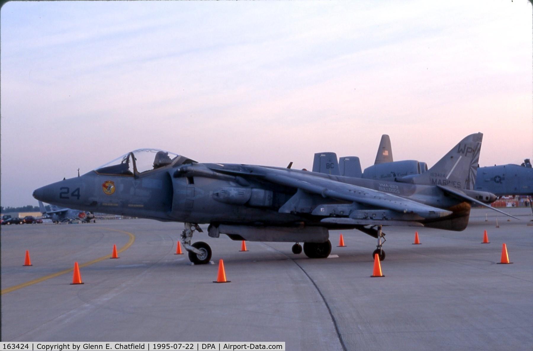 163424, McDonnell Douglas AV-8B Harrier II C/N 125, Early morning waiting for the show