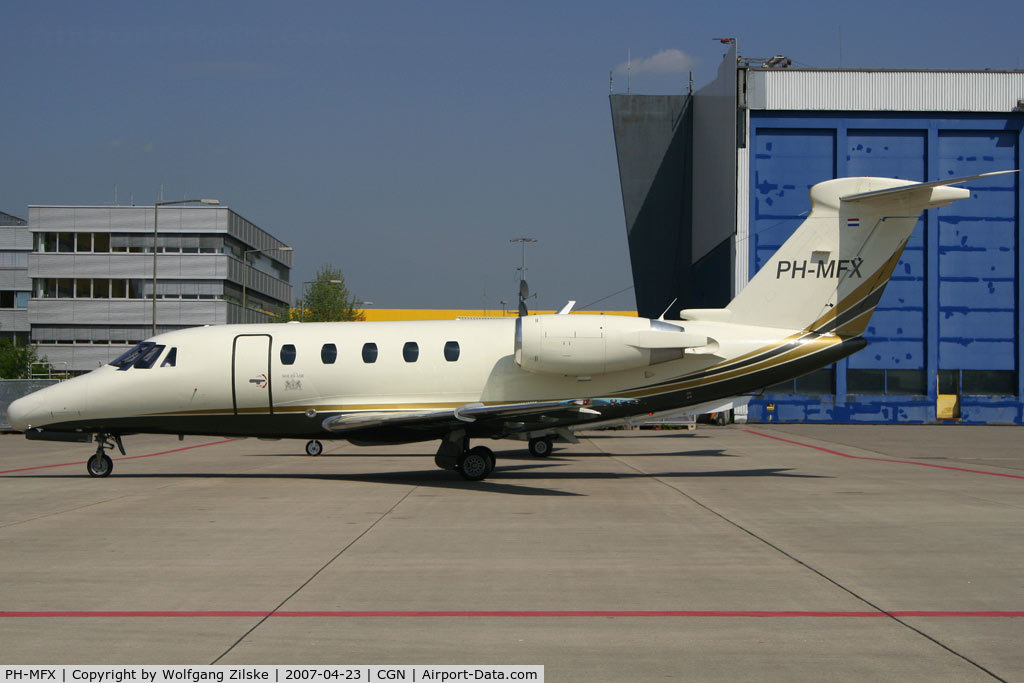 PH-MFX, 1994 Cessna 650 Citation VI C/N 650-0240, visitor