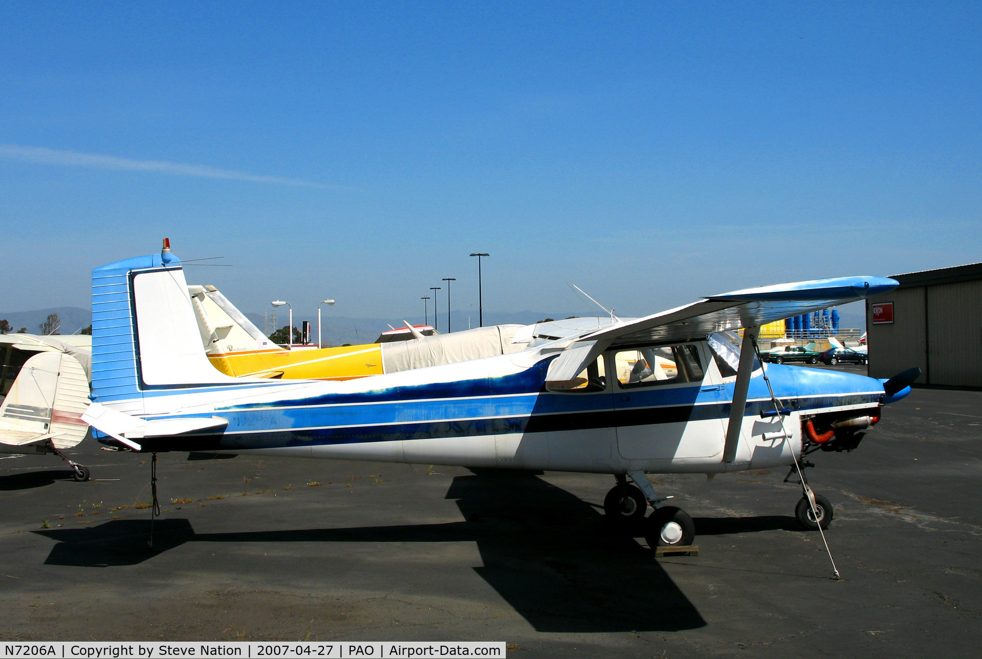 N7206A, 1956 Cessna 172 Skyhawk C/N 29306, 1956 Cessna 172 with faded registration @ Palo Alto, CA