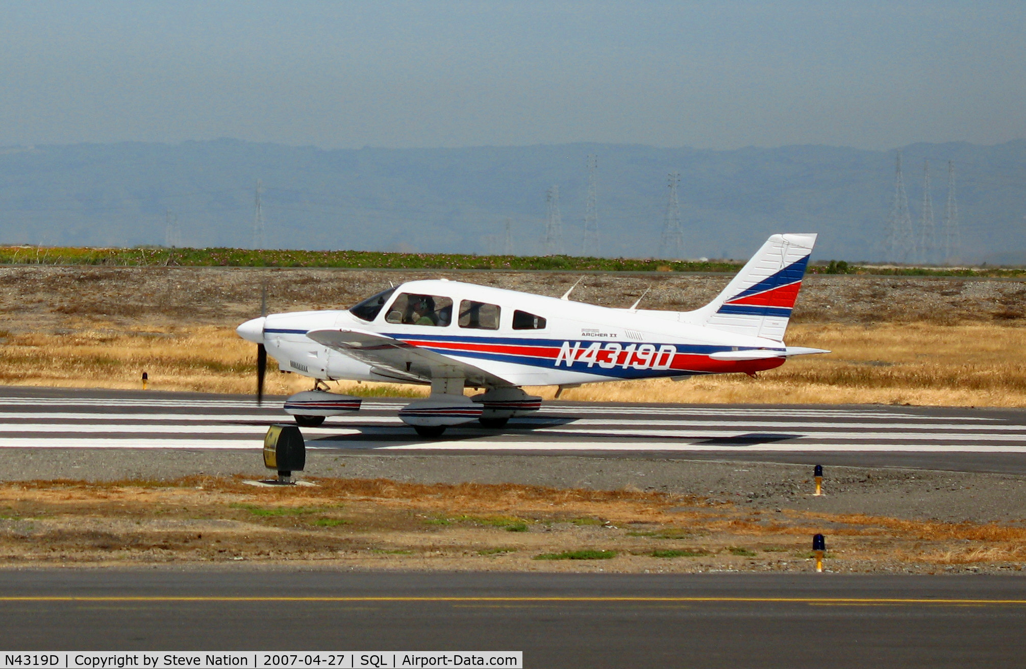N4319D, 1983 Piper PA-28-181 C/N 28-8490007, Arch Aviation 1983 Piper PA-28-181 beginning take-off run @ San Carlos, CA