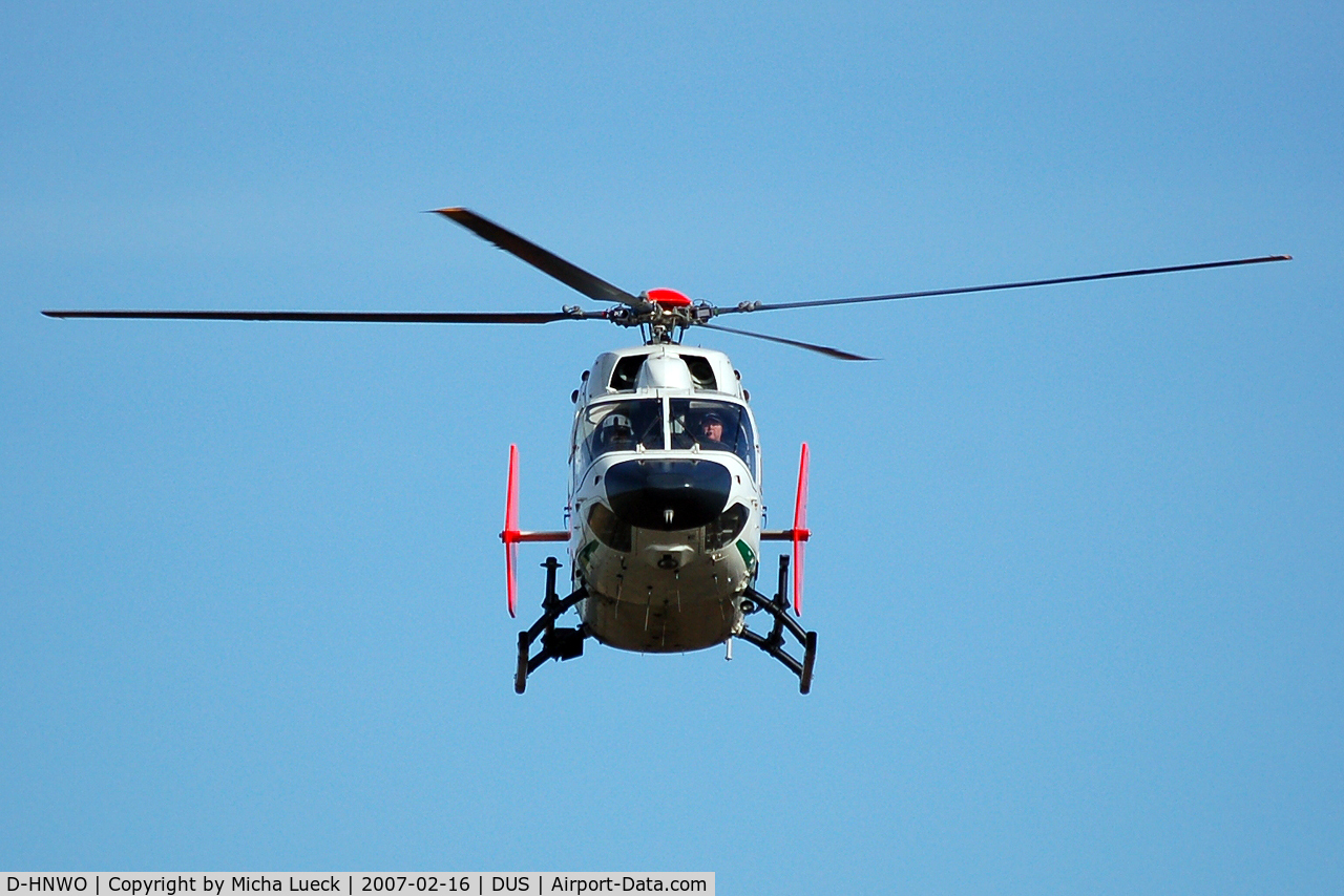 D-HNWO, 2004 Eurocopter-Kawasaki BK-117C-1 C/N 7552, At Düsseldorf airport