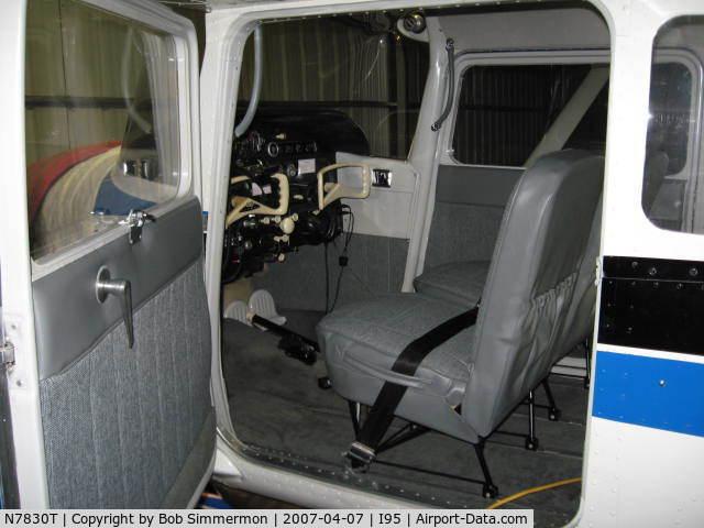 Perfect N7830T, 1960 Cessna 172A Skyhawk C/N 47430, New Airtex Interior (Excellent