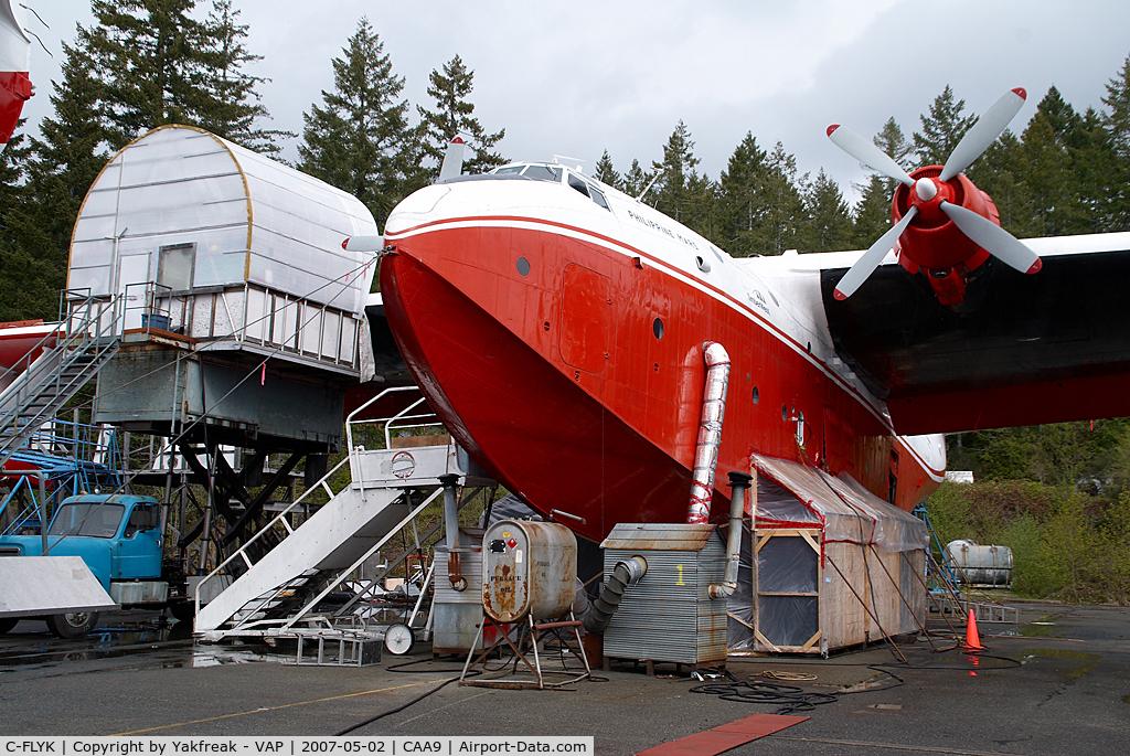 C-FLYK, 1945 Martin JRM-3 Mars C/N 76820, Martin Mars