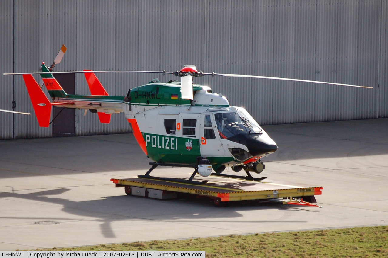 D-HNWL, Eurocopter-Kawasaki BK-117A-3 C/N 7212, At base