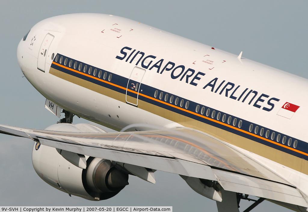 9V-SVH, 2002 Boeing 777-212/ER C/N 28532, Singapore close up