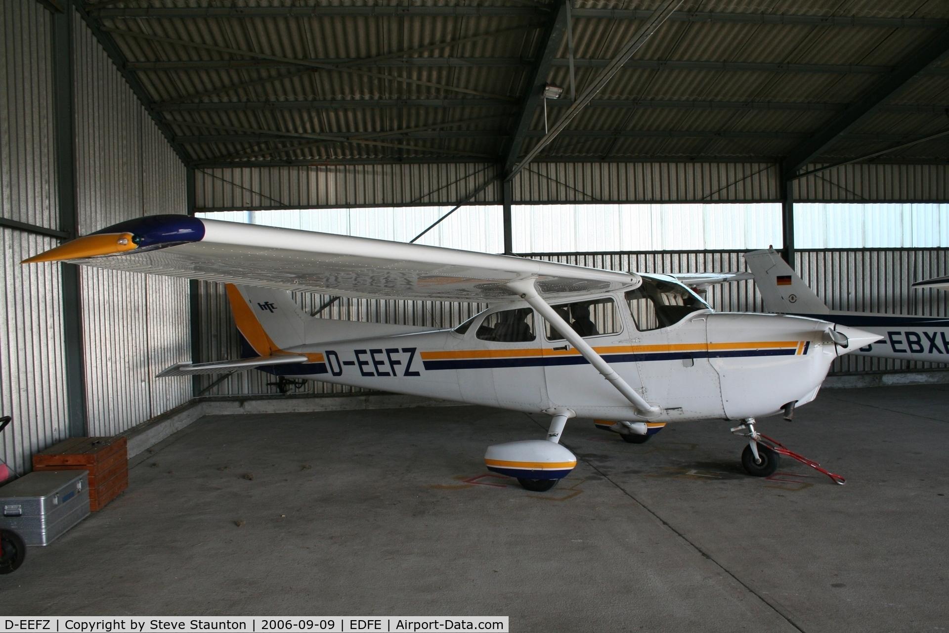 D-EEFZ, Cessna 172R Skyhawk C/N 17280341, Taken at Egelsbach September 2006