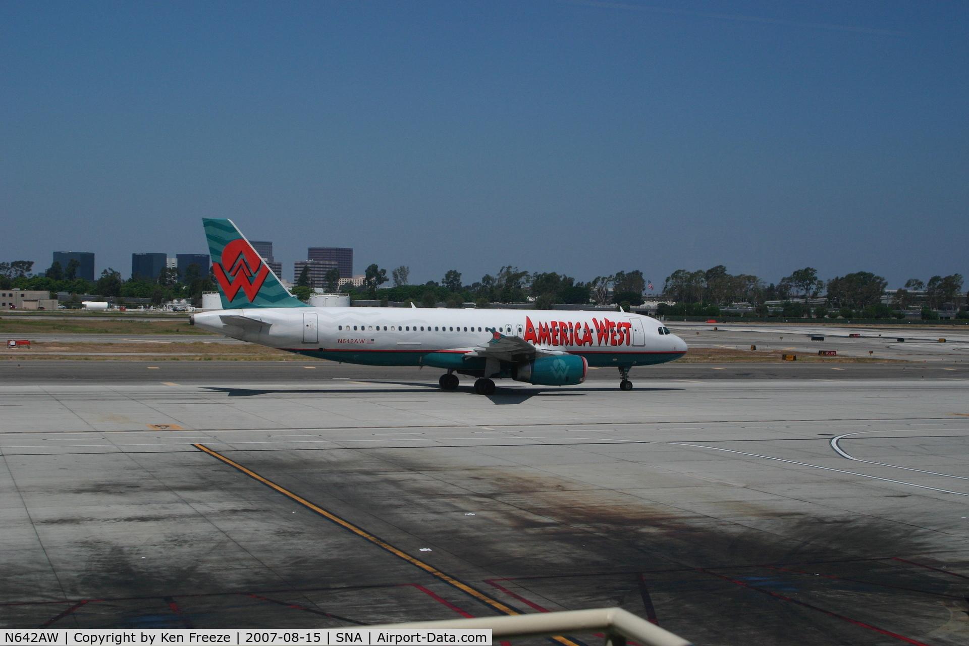 N642AW, 1996 Airbus A320-232 C/N 584, At John Wayne Airport