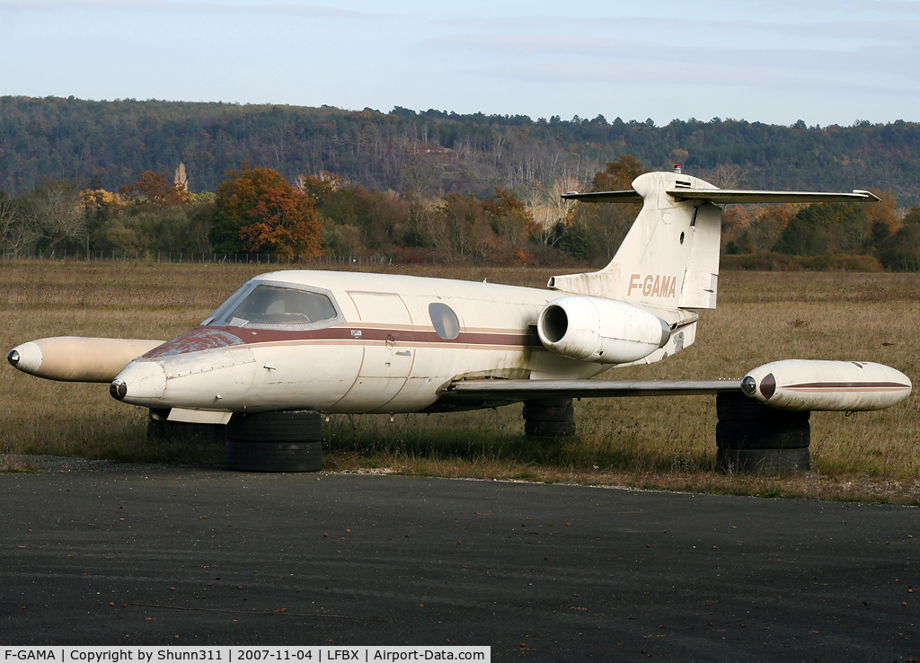F-GAMA, 1964 Learjet 23 C/N 23-023, Used by AFPA as an instructional airframe and stored outside building