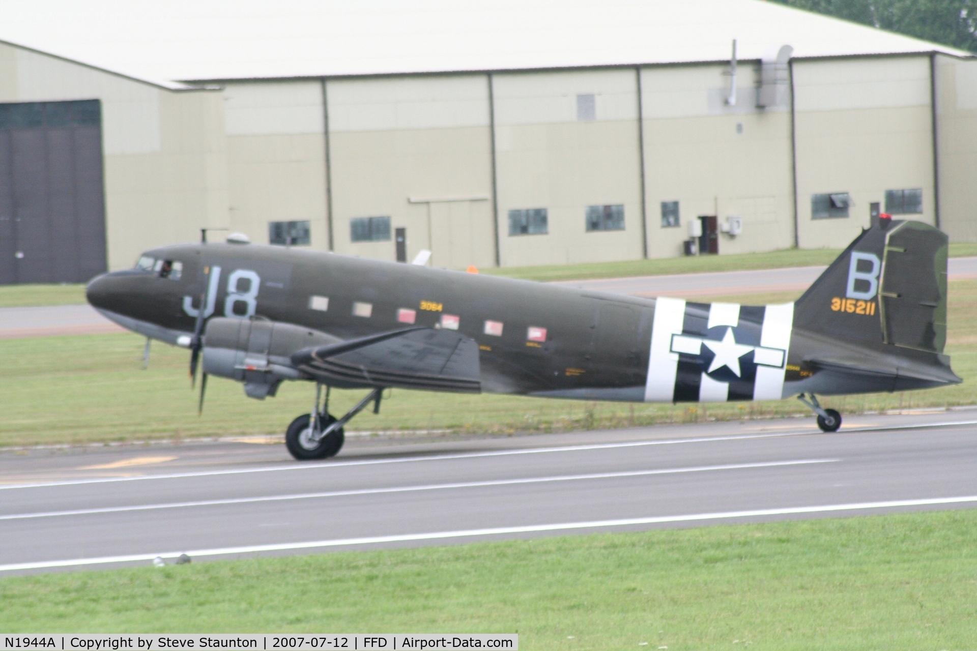 N1944A, 1944 Douglas DC3C-S1C3G C/N 19677, Royal International Air Tattoo 2007