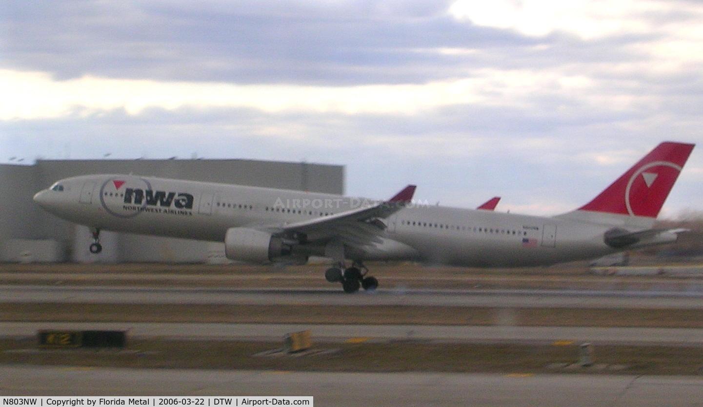 N803NW, 2003 Airbus A330-323 C/N 0542, Northwest