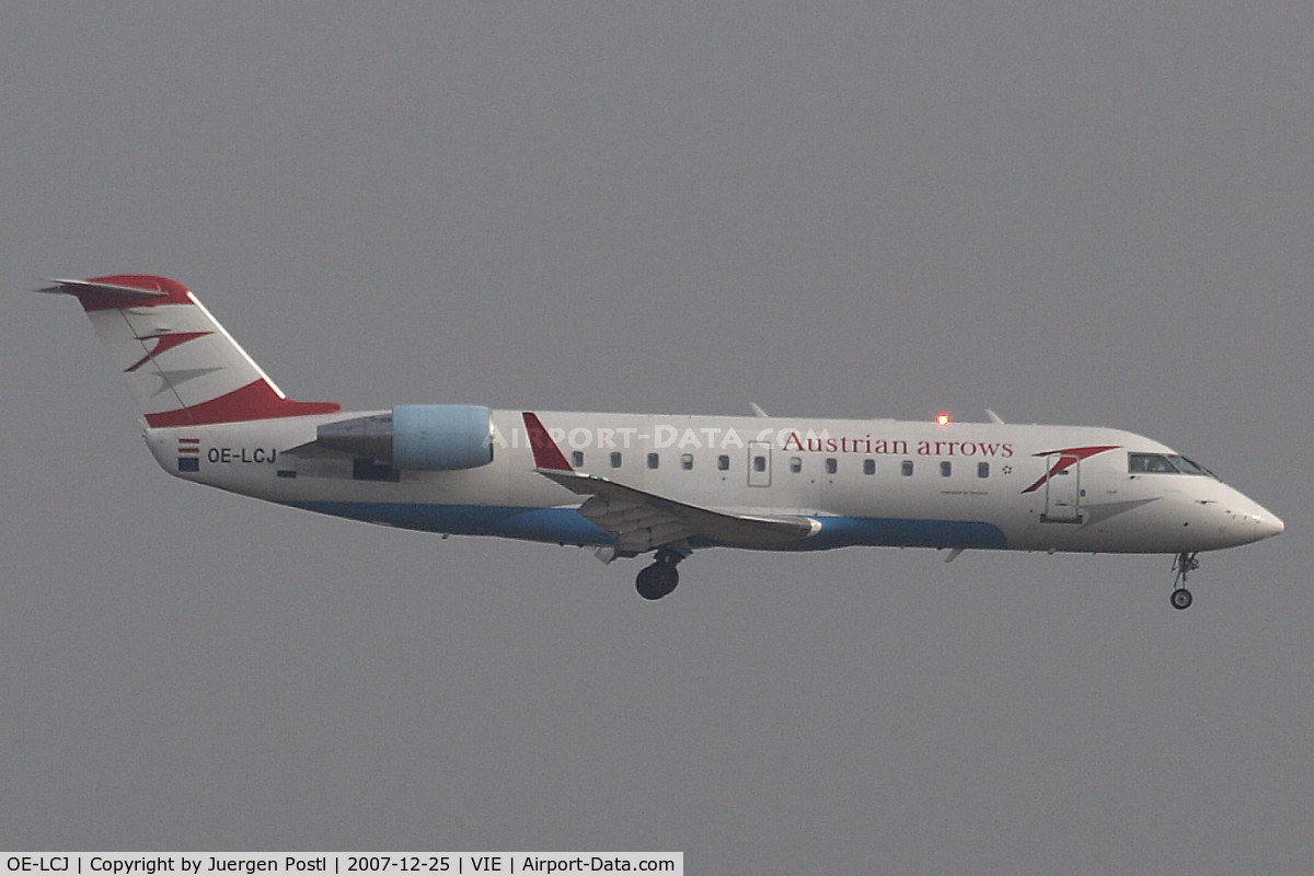OE-LCJ, 1996 Canadair CRJ-200LR (CL-600-2B19) C/N 7142, Canadair Regional Jet CRJ200LR