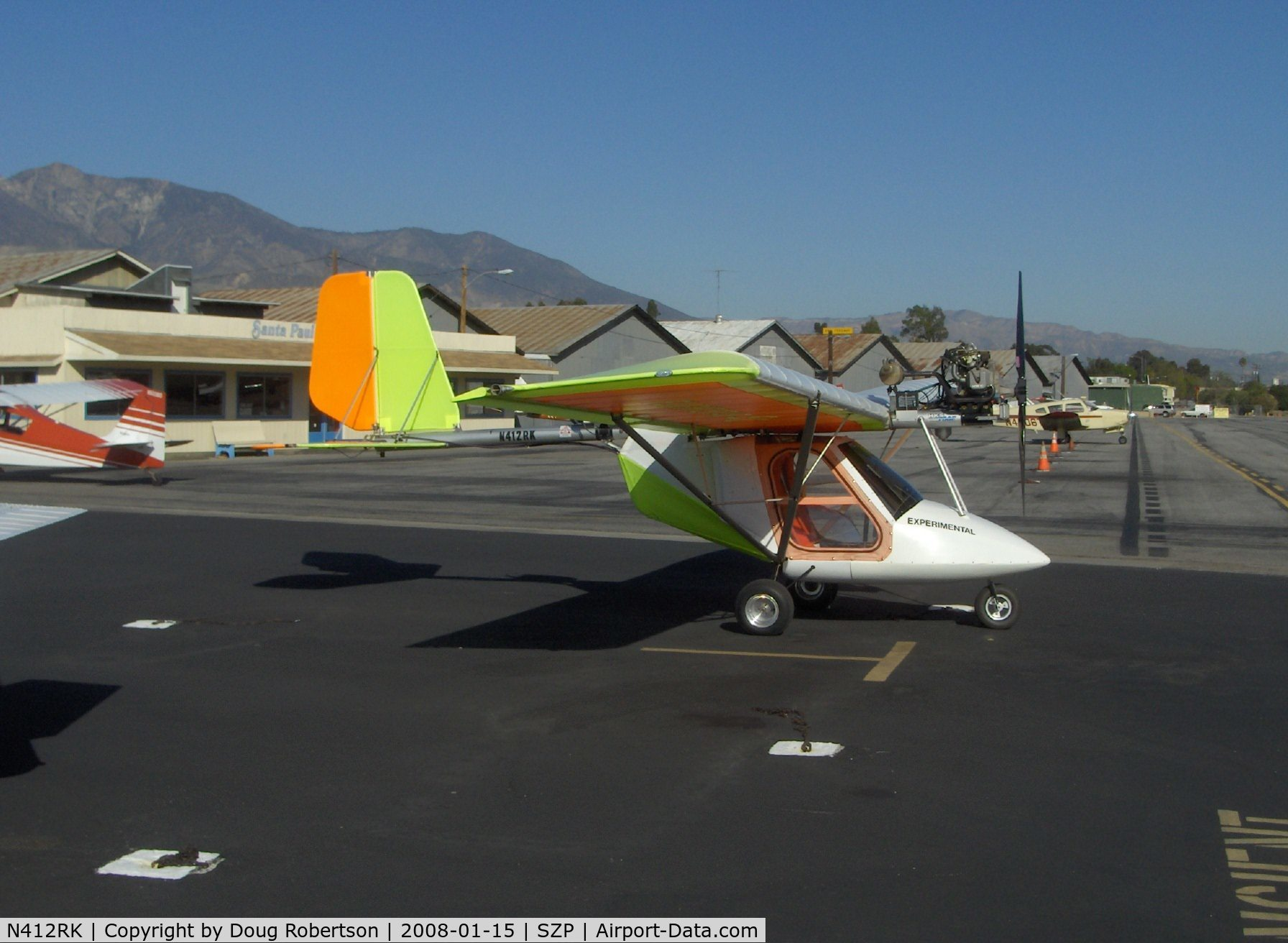 Two Place Ultralight Aircraft http://www.airport-data.com/aircraft/photo/000150864.html