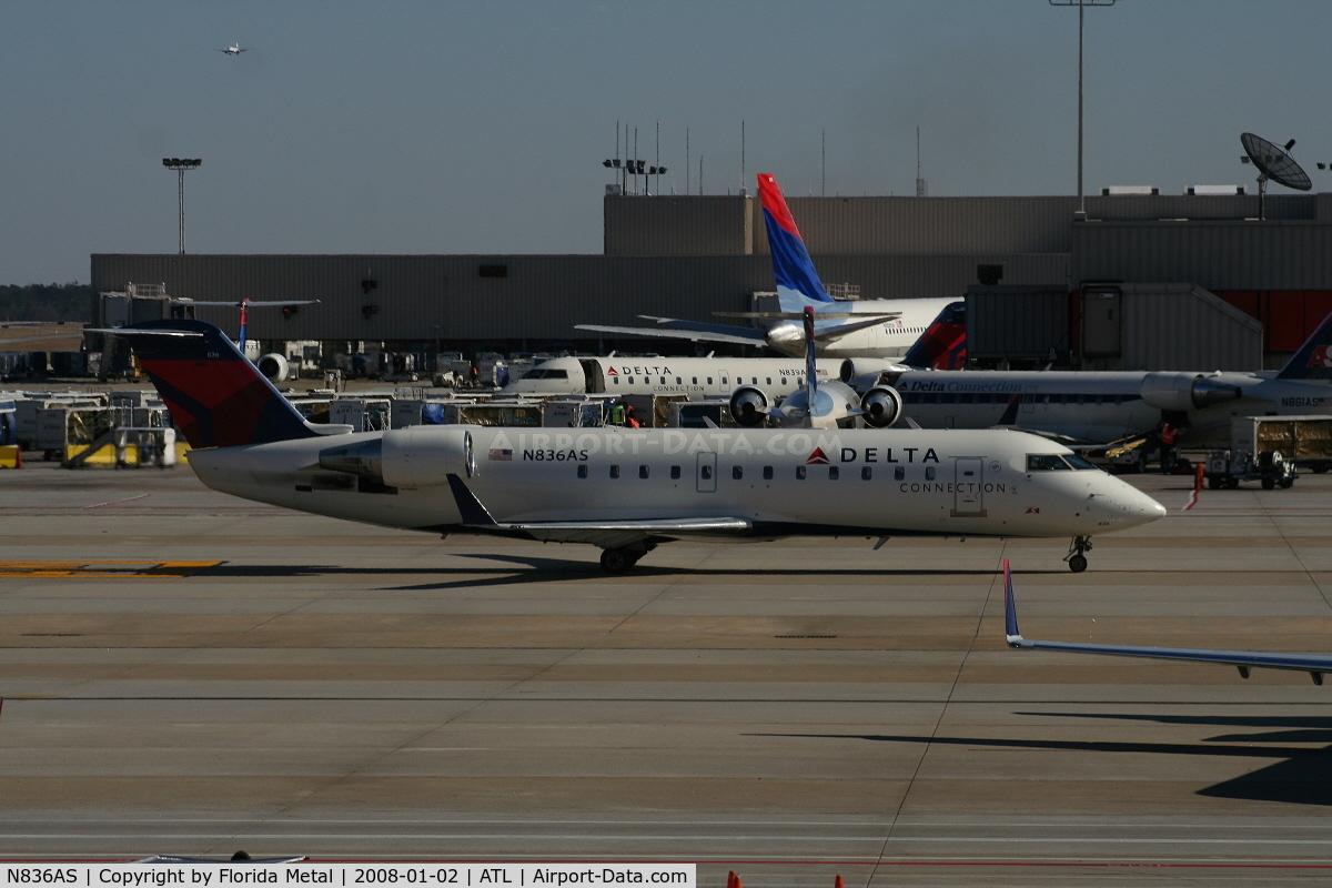 N836AS, 1998 Bombardier CRJ-200ER (CL-600-2B19) C/N 7263, ASA