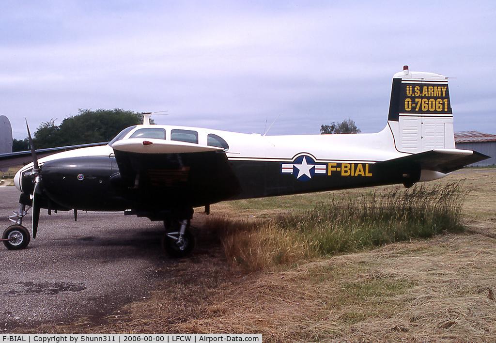 F-BIAL, 1956 Beech D50 Twin Bonanza Twin Bonanza C/N DH-104, Awaiting a new flight...