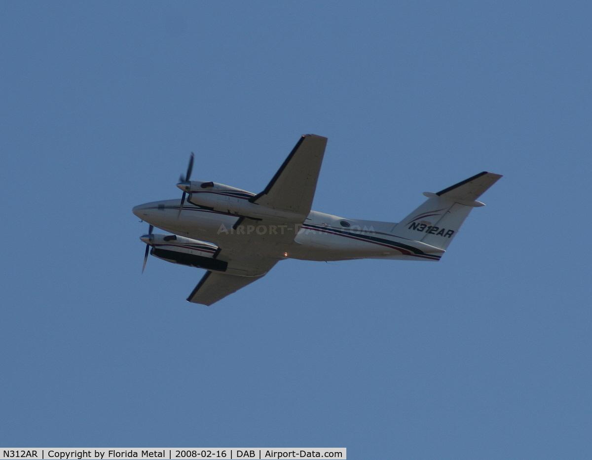 N312AR, 1991 Beech 300 Super King Air C/N FA-216, Beech 300