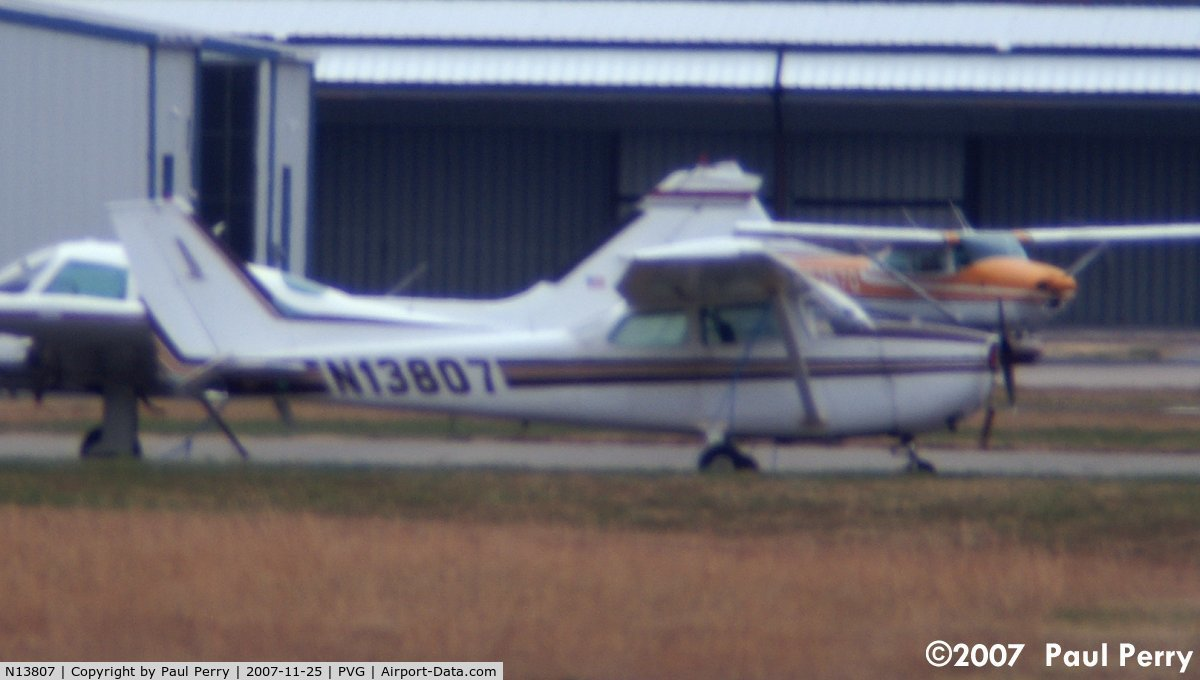 N13807, 1974 Cessna 172M Skyhawk C/N 17263011, This was a long shot.  Literally