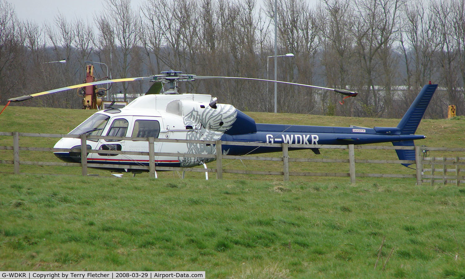 G-WDKR, 1981 Aerospatiale AS-355F-1 Ecureuil 2 C/N 5115, Noted at Farm House in Bedfordshire