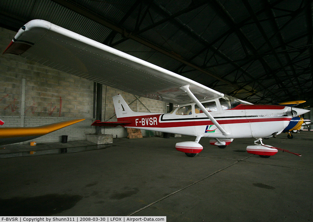 F-BVSR, Reims F172M C/N 1195, Inside GAMA Airclub hangar