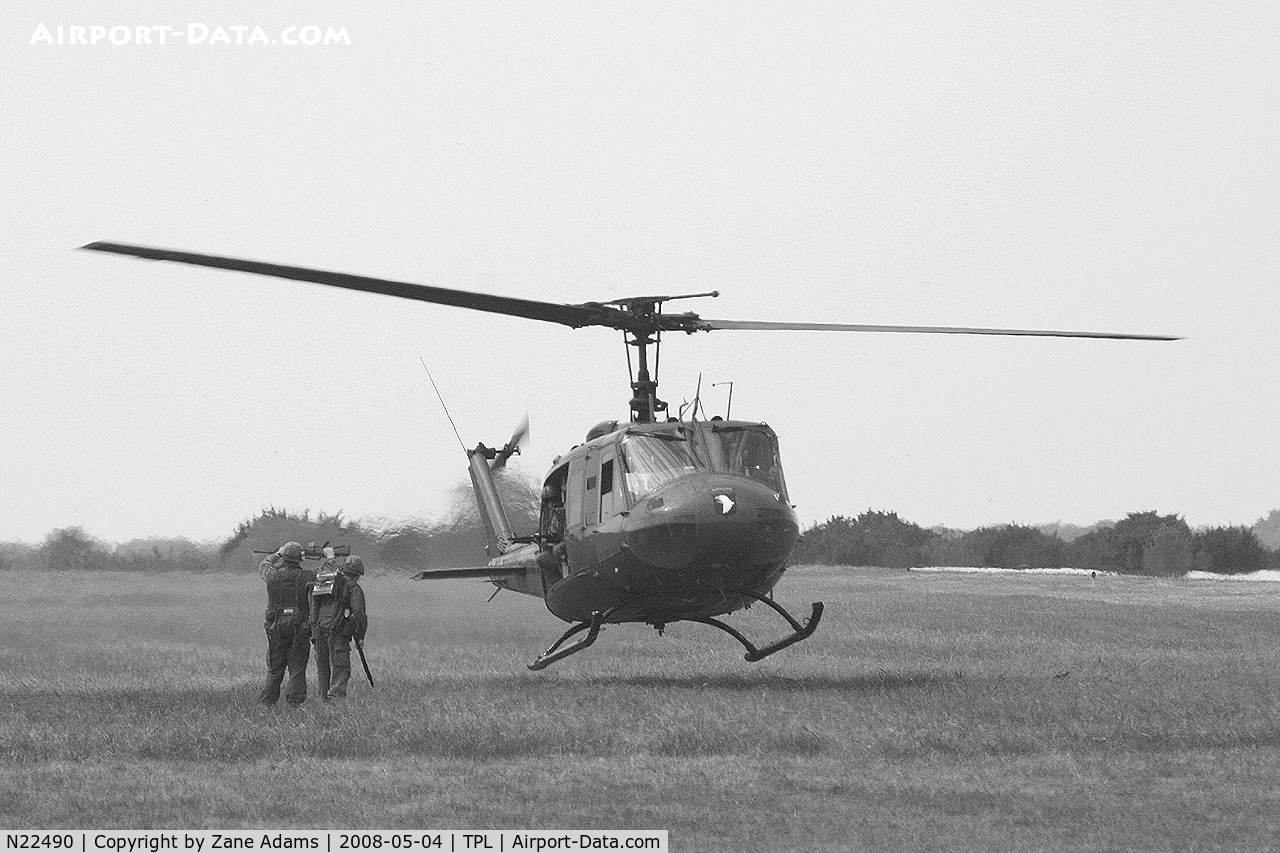N22490, 1974 Bell UH-1V Iroquois C/N 13814, At Central Texas Airshow
