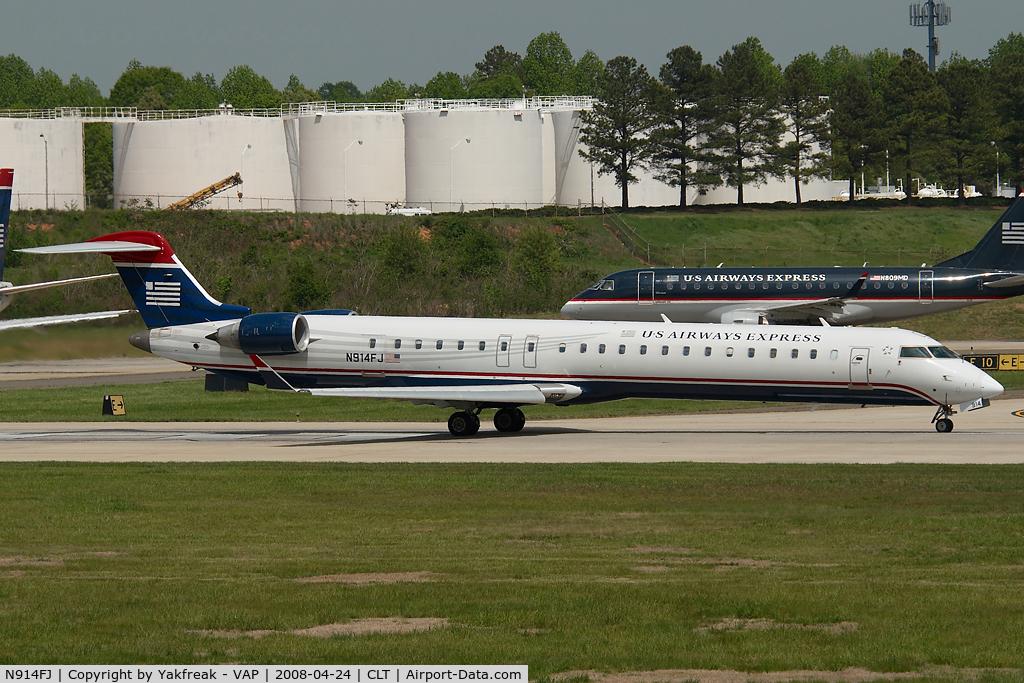N914FJ, 2004 Bombardier CL600-2D24 C/N 15014, Mesa Airlines Regionaljet 900 in US Airways colors