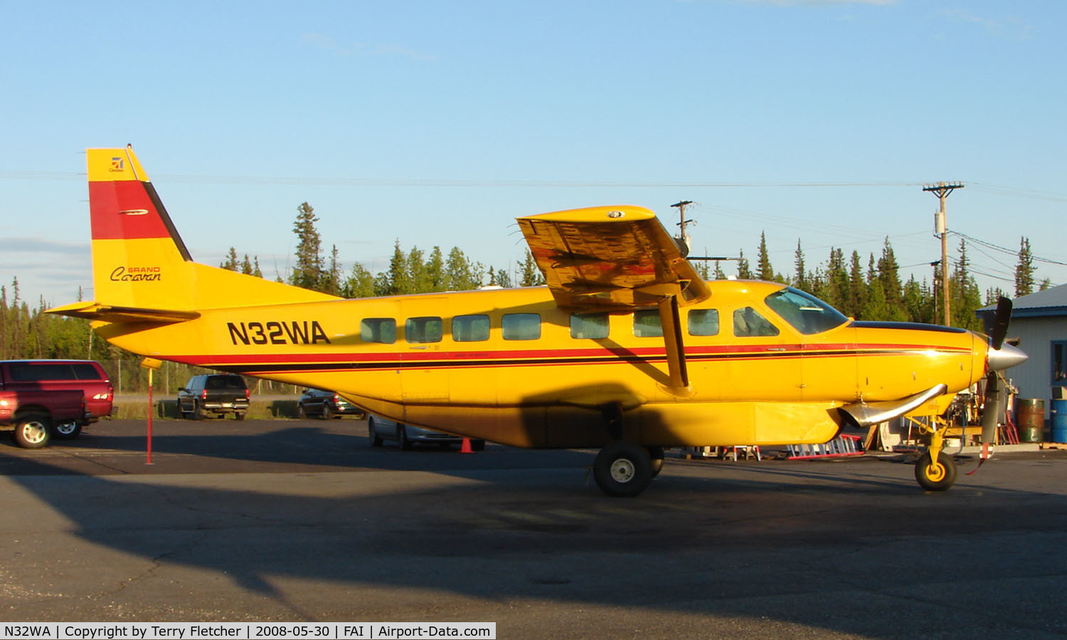 N32WA, 1991 Cessna 208B C/N 208B0234, Wright Air Services Cessna Caravan on Fairbanks East Ramp