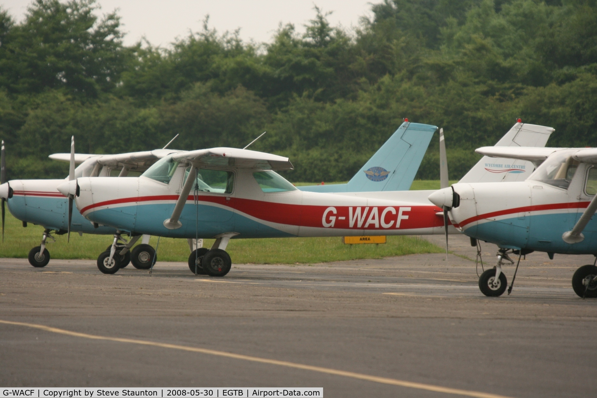 G-WACF, 1980 Cessna 152 C/N 152-84852, Taken at Wycombe Air Park using my new Sigma 50 to 500 APO DG HSM lens (The Beast)