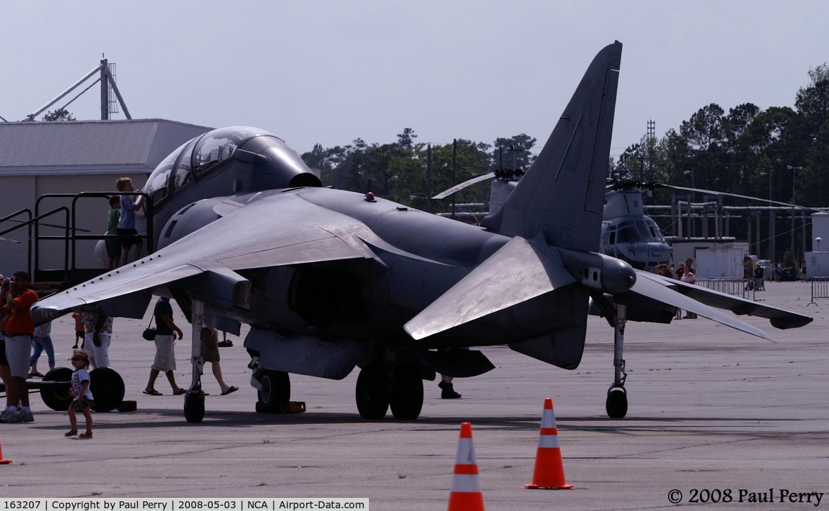 163207, McDonnell Douglas TAV-8B Harrier II C/N T009, One of the trainers